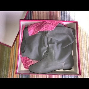 """Penny Loves Kenny """"Fizzy"""" Grey Suede mid-rise boot"""